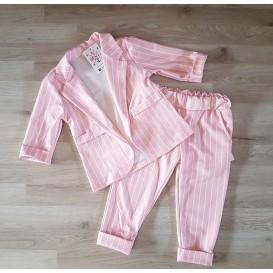 traje rayas rosa niña